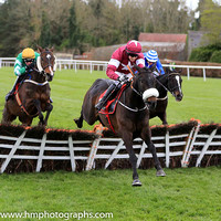 01st Champagne Classic and B J Cooper ( 2 , maroon, white star ) Trainer - G Elliott , Owner - Gigginstown House Stud