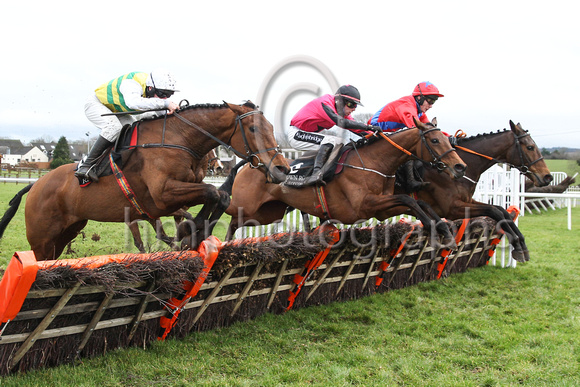 01st Nellys Money and P T Enright ( 4 , yellow  and green stripes ) Trainer - R Tyner , Owner - Anthony McCarthy