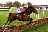 06th Miss Eyecatcher and P Townend ( 5 , blue and white stripes ) Trainer - R J McGrath , Owner - Connery Family Syndicate