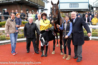 01st Lord Fingal ( 1 , yellow, beige hoop ) and S. Clements (5) - Trainer : J.T.R.Dreaper - Owner : Declan O'Farrell
