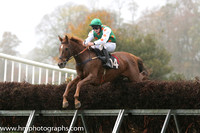 05 Nells apache and R James - - 05th (14 ,white and dark green halvd ) Trainer - Donnchadh Doyle
