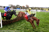 01st Melon and Ruby Walsh (2, yellow and black check) Trainer W P Mullins, Owner Mrs J Donnelly -FT8E9711