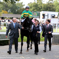 11 Egyptian Warrior and Anastasia O'Brien - - 11th (7 ,emerald green and orange hooped ) Trainer - A P O'Brien