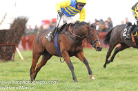 SHIPWRECK and N McParlan ( 9 , ROYAL BLUE  YELLOW HOOPS; yellow sleeves; yellow cap ) Trainer: C.A. McBratney , Owner : Templeburn Racing Syndicate